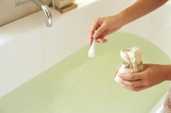 Ванна с солью от псориаза
